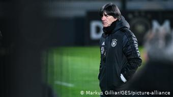 Fußball l DFB-Training, Nationaltrainer Joachim Jogi Löw in Leipzig